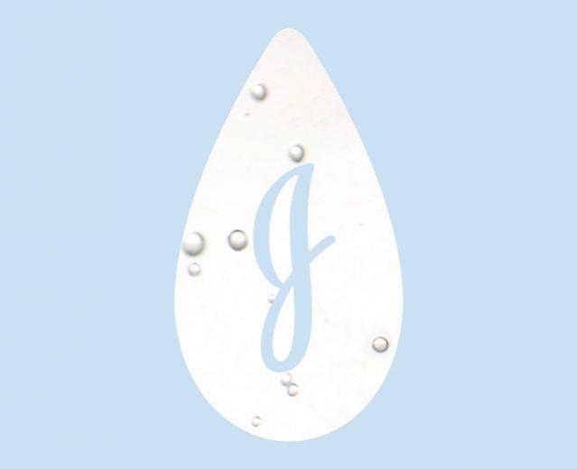 Johnson's® baby teardrop logo